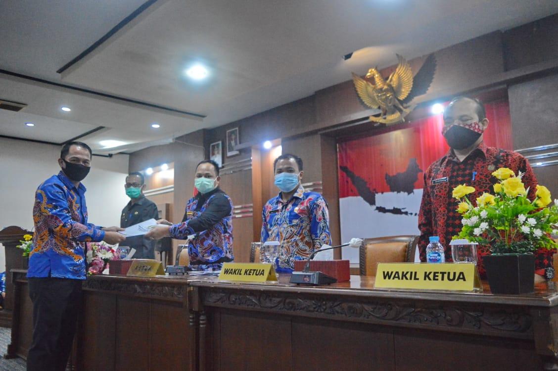 Penjabat Bupati Bengkayang Langsung Ikut Bahas Empat Raperda bersama DPRD