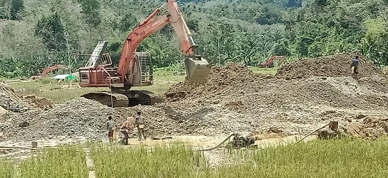 Aktivitas PETI Desa Tirta Kencana Bengkayang Kian Merajalela