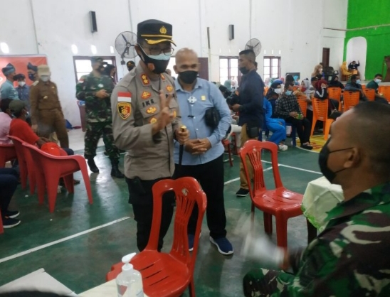 Komisi I DPRD Natuna Ikut Memantau Vaksinasi Masyarakat Serasan