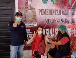 Masyarakat Antusias Jalani Vaksinasi Massal Dosis Kedua di Terminal Bus Ngabang