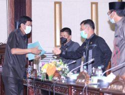 Akhirnya DPRD Sahkan Lima Raperda, Ketua DPRD : Semoga Bermanfaat Bagi Masyarakat Kabupaten Sambas