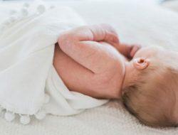 Aneh! Bayi Ini Lahir dalam Kondisi Mengandung Janin