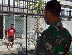 Usai Jalani Isolasi, Dua Pekerja Migran Dipulangkan ke Kampung Halaman
