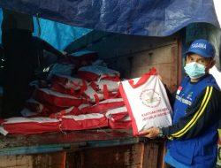 Bantu Warga Terdampak PPKM, Beras Bantuan Presiden Jokowi Tiba di Melawi