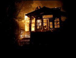 Satu Rumah di Aspol Sanggau Hangus Terbakar