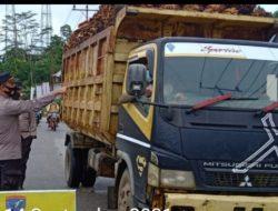 Cegah Kecelakaan, Truck Angkutan Sawit tak Pakai Jaring di Landak akan Ditindak