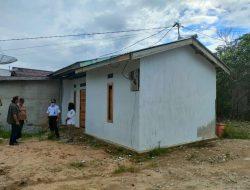 44 KK di Kelurahan Bumi Emas Bengkayang Dapat Bantuan Bedah Rumah
