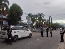 Tim Jibom Amankan Tas Mencurigakan di KPP Singkawang