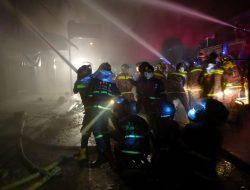 Enam Ruko Terbakar di Singkawang Selatan