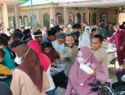 Rasa Syukur Jemaah dalam Program Jumat Berkah Masjid Syuhada Mempawah